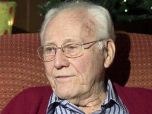 World War II veteran Leon Howell