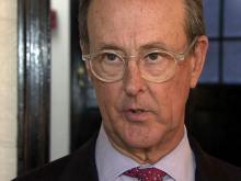 US debt panel heads Bowles, Simpson talk solutions at Duke