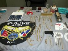 Mom, ex-girlfriend helped nab suspected open-house thief