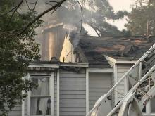 Ten displaced in Raleigh townhouse fire