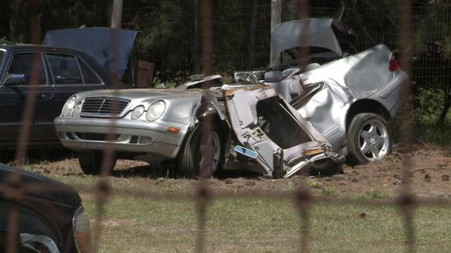 Two die when family's cars collide