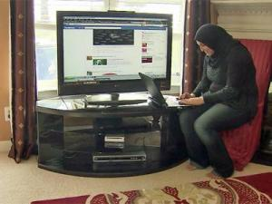 Amani Asad, who has family in the Gaza Strip, uses the Internet to keep up with the latest developments in the ongoing crisis in the region.