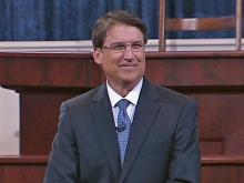 Pat McCrory sworn in