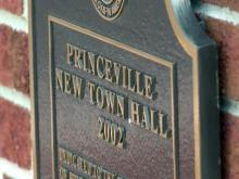 Princeville mayor accused of misusing town funds