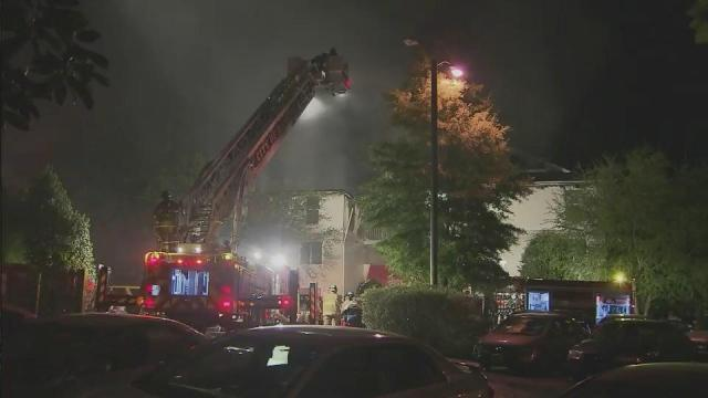 Fire damages Raleigh apartments