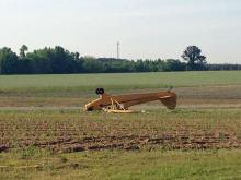 A man and woman were injured Thursday evening when the small plane they were in crashed in Johnston County near Selma, authorities said.
