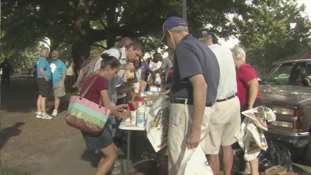 Nonprofit continues to feed the homeless