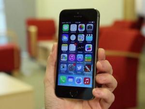iPhone 5S, iOS 7
