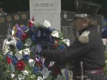 Hundreds gather in Fayetteville to honor vets