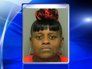 Suzanne Chavis, shoplifting mom