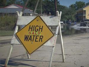 Winds worsen flood conditions for Pamlico County town