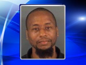 Fayetteville police seek suspect in stabbing