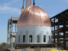Custom crane to raise cathedral dome