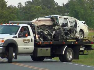 2 adults, 1 child killed in Sampson County wreck