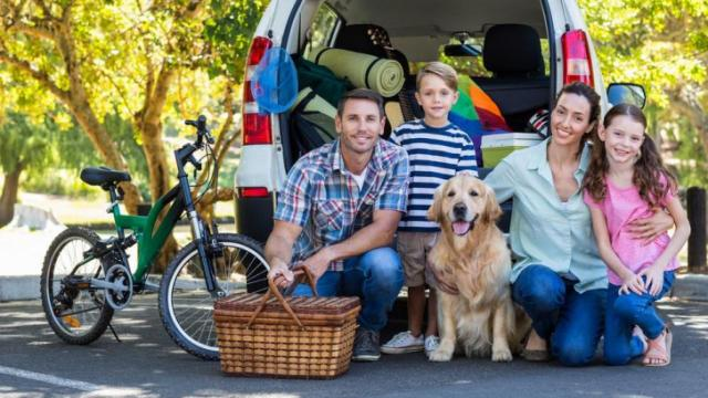 A recent study indicates that men who are the primary breadwinner in their family are less happy and less healthy than those who are not. (Deseret Photo)
