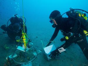 Measuring impact of sound underwater. (Photo credit: J. McCord/UNC-CSI)