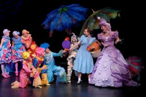 "A scene from Children's Theatre of Charlotte's 2007 production of ""The Wizard of Oz"".  (Photo by Donna Bise)"