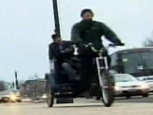 D.C. crowds don't deter rickshaw driver