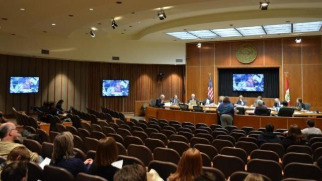 New video screens and presentation technology made their debut at the Jan. 11, 2016, meeting of the Raleigh City Council. Photo courtesy: James Borden / Raleigh Public Record
