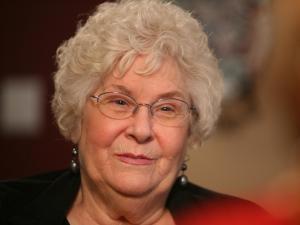 Ginny Rauch talks about surviving fungal meningitis.