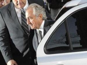 Bernard Madoff arrives at Manhattan federal court in New York. (AP Photo/ Louis Lanzano)