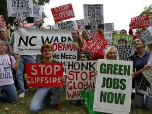 People gathered in Raleigh on Saturday, Oct. 24, 2009, to march for climate action. (Photo from NC Greenpeace)