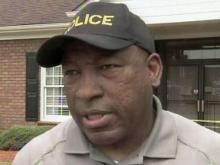 Police chief shoots, misses suspected bank robber