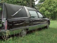 08/25/10: Body left in hearse for days