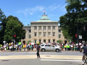 Hundred of people rallied at the state Capitol grounds in Raleigh Saturday afternoon to protest the continuing violence in Gaza.