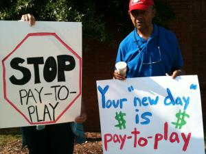 Protestors at the House GOP caucus fundraiser, June 29th, 2011.