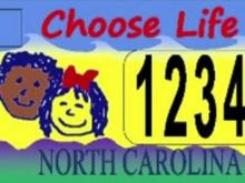 Lawsuit questions fairness in NC license plates