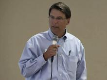 McCrory's 2008 campaign donors questioned