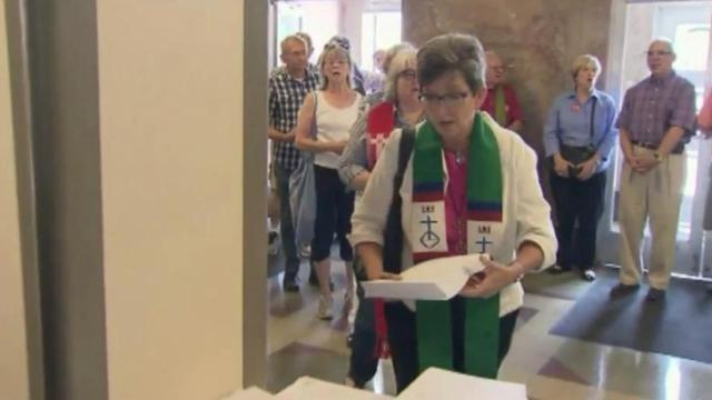 Clergy petitions on gay marriage ban