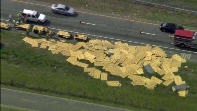 Sky 5: I-95 closed in Johnston County