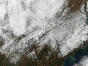 Aqua MODIS image of North Carolina from Monday, Dec 27, 2010.