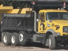 Crews ready roads for snow accumulation