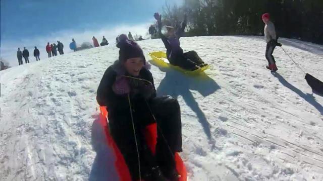 Snow delights Tarboro residents