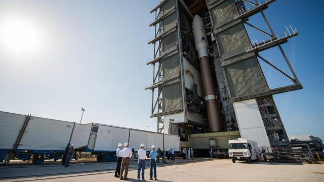 An Atlas 5 rocket readies for rollout with an Air Force OTV and six CubeSat aboard (Credit: Navid Baraty/Planetary Society)