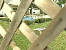 Town Leaders Meet to Discuss Messy Yard