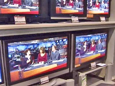 Flat screen televisions are more reliable and less expensive than during the 2006 holiday season, according to a Consumer Reports survey.