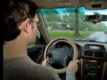 Monitoring device curbs teens' bad driving habits