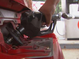 Consumer Reports gives tips on how to save fuel