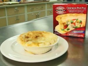 Frozen dinners can be found throughout the freezer aisle – many from popular restaurants such as California Pizza Kitchen, TGI Fridays, Boston Market and P.F. Chang's.  Consumer Reports recently tested the microwavable version of their popular dishes and compared them to their restaurant counterparts.