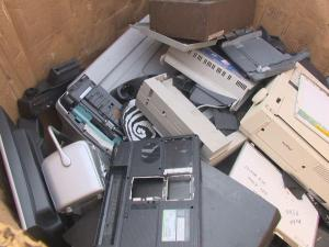 Online sites like Amazon, NextWorth and Glyde offer cash for old electronics if they're still in good shape.