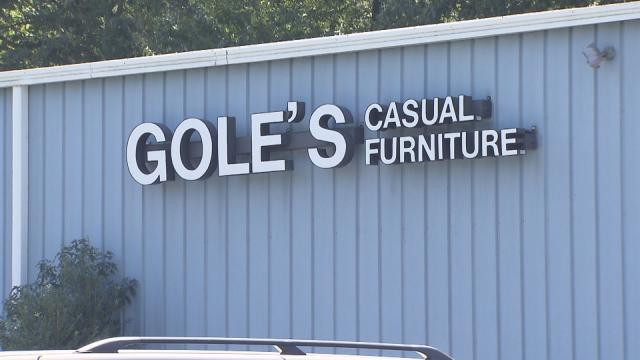 Apex Furniture Store Fails To Deliver