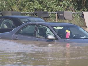The record-setting flooding that devastated multiple counties in North Carolina after Hurricane Matthew has brought the flooded car scam to the surface once again.