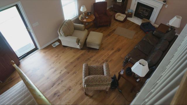 When their new hardwood floors started splintering, this couple went to court