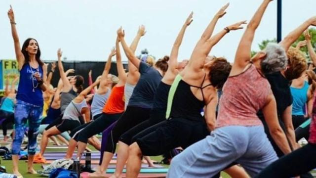 02 Fitness Downtown Raleigh yoga