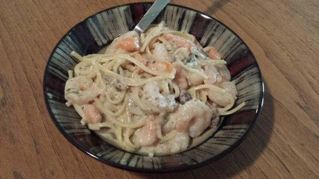 Shrimp and fettuccini alfredo