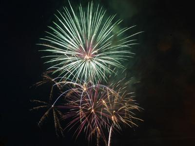 Find Fourth of July fireworks near you :: Out and About at